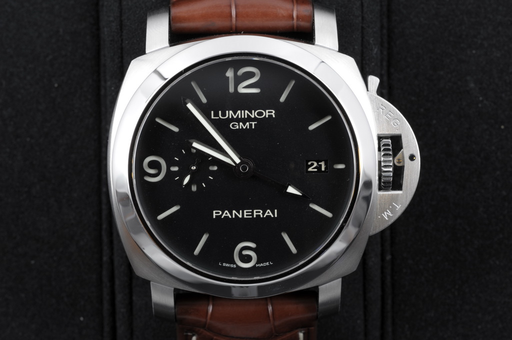 Panerai Luminor 1950 Gmt Pam 320